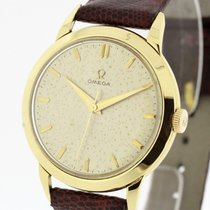 Omega Vintage solid 18K Yellow Gold Men's Watch 2686 Cal....