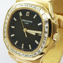 Πατέκ Φιλίπ (Patek Philippe) Nautilus Rose Gold Diamond Bezel...