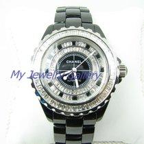 香奈儿 (Chanel) J12 H0685