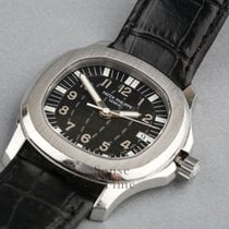 Patek Philippe Aquanaut Stainless Steel Quartz Mid-Size 36mm