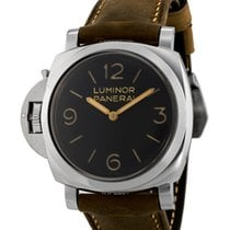 파네라이 (Panerai) Men's Watch PAM00557
