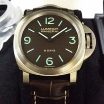 パネライ (Panerai) Luminor Marina 8 Days Titanio 44mm PAM562 [NEW]
