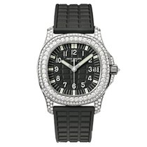 Patek Philippe 5069G-001 White Gold Ladies Aquanaut 35.2mm [NEW]