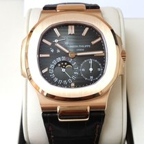 百達翡麗 (Patek Philippe) 5712R 18K Rose Gold Nautilus [NEW]