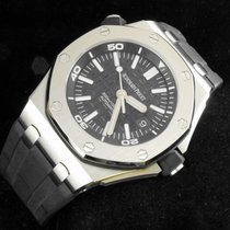 Audemars Piguet Royal Oak Offshore Diver  N.O.S.