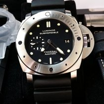 파네라이 (Panerai) PAM305 Luminor Submersible Automatic 47mm [NEW]