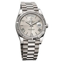 Rolex DAY-DATE 40 18K White Gold President Silver Roman 2017