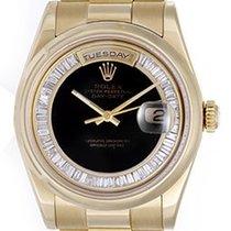 Rolex President Day-Date Men's 18k Gold Watch Model 118238