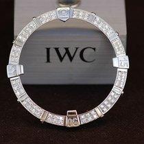 Breitling Super Avenger Diamant Lünette Neug 2,5ct Brilliant...