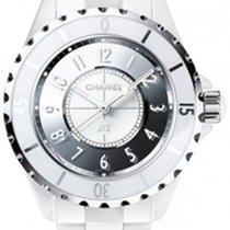 Chanel J12 Quartz 33mm