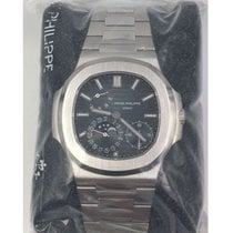 Patek Philippe Nautilus 5712 - NEW SEALED