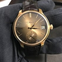 H.Moser & Cie. PERPETUAL GOLDEN EDITION