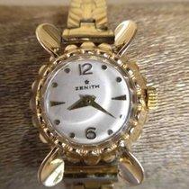 Zenith Aranyozott női kvarc szerkezetű óra
