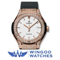 Hublot - CLASSIC FUSION - KING GOLD OPALIN PAVE Ref. 582.OX.26...