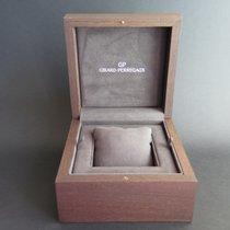 Girard Perregaux Box