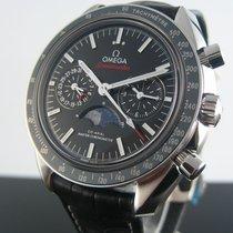 Omega Speedmaster Moonphase Chronograph 44 mm 304.33.44.52.01.001