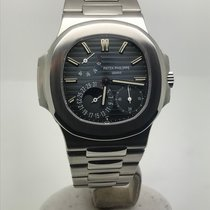 Patek Philippe Nautilus 5712 LIKE NEW BOX/PAPERS YEAR 2008...