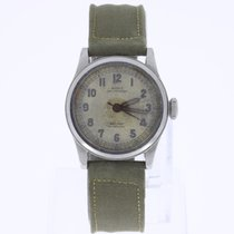 Nova Vintage  Military Watch
