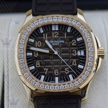 Patek Philippe 5068R-001    Aquanaut Ladies Rose Gold