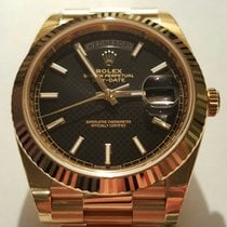 Ρολεξ (Rolex) DAY DATE II GOLD BLACK DIAGONAL MOTIF DIAL