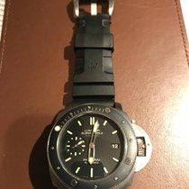 沛纳海  (Panerai) Luminor Submersible 1950 3 Days Automatic