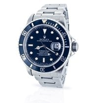 Rolex Submariner Date - 16610 - Box & Papers - 12-Month...