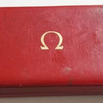 Omega vintage red leather box green logo used condition