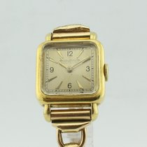 Jaeger-LeCoultre Vintage Quartz 14K Gold Lady 95194