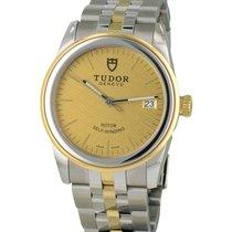 Tudor Glamour Date