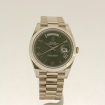 Rolex Day-Date 40mm 'bright green dial' NEW ref. 228239