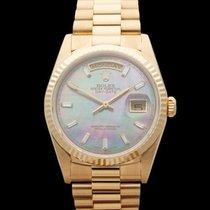 Rolex Day-Date 18k Yellow Gold Unisex 18238