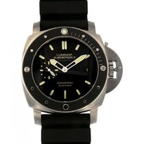 파네라이 (Panerai) Luminor Submersible Amagnetic Pam00389, 47mm