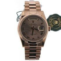 勞力士 (Rolex) Daydate Pink Roman dial