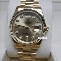 Rolex Day Date  2B Yellow Gold 118238