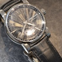 Montblanc STAR 4810 Date Automatic Stahl 41.5mm