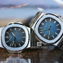 Patek Philippe Nautilus 5711/1A-010 - 40mm Stainless Steel