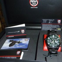 Luminox SR-71 BLACKBIRD