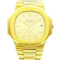 Patek Philippe 3700 Jumbo Nautilus 3700 Yellow Gold - on...