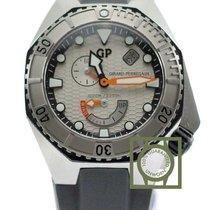 Girard Perregaux Sea Hawk Silver Dial Black Rubber NEW
