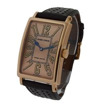 Roger Dubuis M345705.f11.6a Much More 34mm in Rose Gold - on...