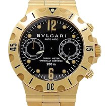 Bulgari SC38G Diagono Professional Chronograph in Yellow Gold...