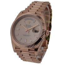 Rolex Unworn 228235 Day Date 40mm Everose - Fluted Bezel -...
