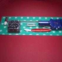 Werkzeug-Set zum Kürzen von Metallarmbändern und öffnen von...