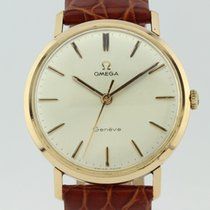 Omega Vintage Manual Winding Calibre 601 18K Gold