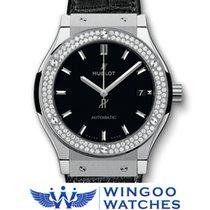 Hublot - Fusion Classic Titanium Diamonds Ref. 511.NX.1170.LR....