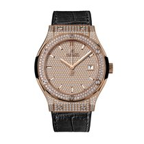 Hublot Classic Fusion Quartz King Gold Full Pavé 33mm