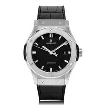 Hublot Classic Fusion Titanium Black Dial Mens Watch 542.NX.11...