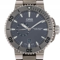 Oris Aquis Small Second Date Titan Automatik 46mm