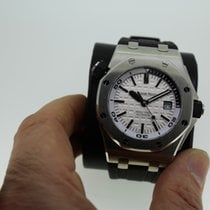 Audemars Piguet Royal Oak  OFFSHORE-DIVER  /  LC100