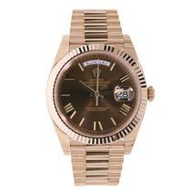 Rolex DAY-DATE 40 Rose Gold President Chocolate Roman Dial